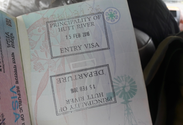 Visa_stamp_for_Principality_of_Hutt_River